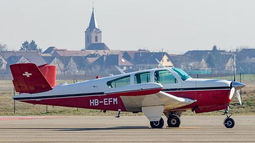 Beech V35 Bonanza HB-EFM Private