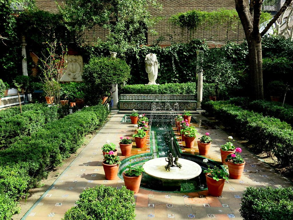 en los Jardines del Museo Sorolla