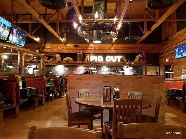 Montana's BBQ & Bar interior