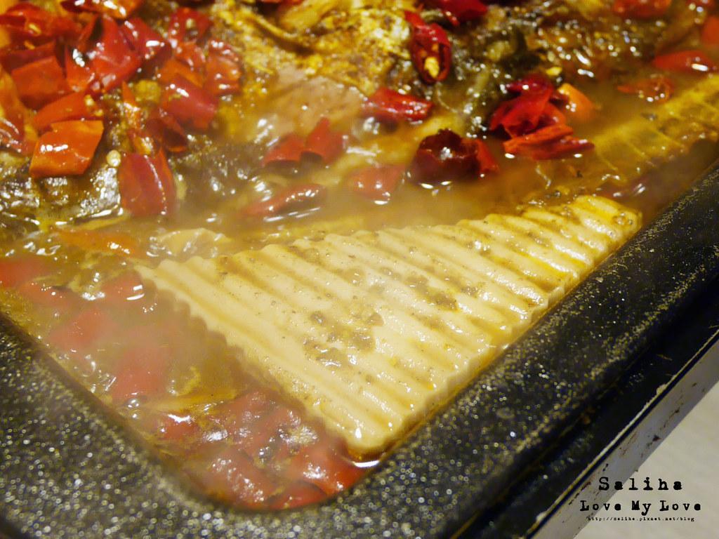 台北水貨炭火烤魚小巨蛋店火鍋餐廳好吃ig打卡推薦超厲害海鮮蝦子火鍋 (17)