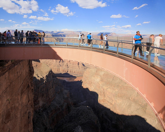 Skywalk de cristal del Gran Cañón en el West Rim