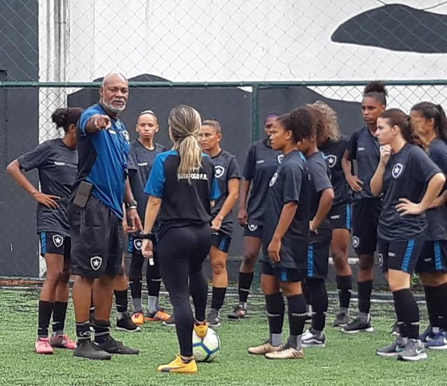 Treino Futebol Feminino - 29/03/2019