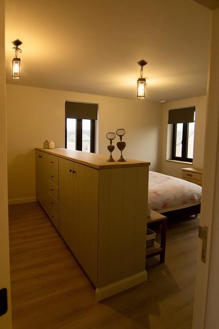 Slaapkamer met kleedkamer