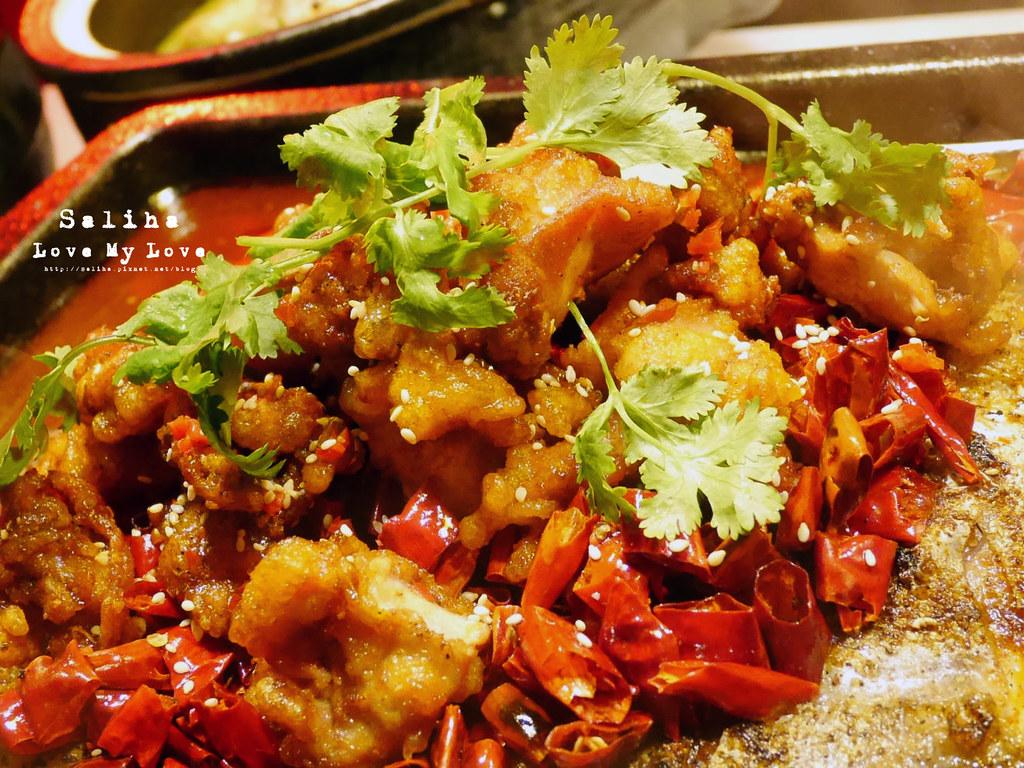 台北水貨炭火烤魚小巨蛋店火鍋餐廳好吃ig打卡推薦超厲害海鮮蝦子火鍋 (9)