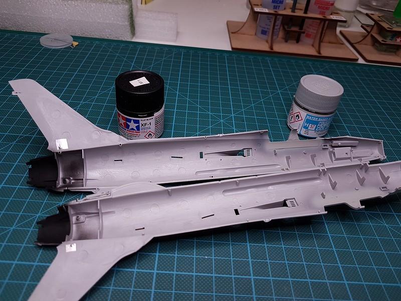 Trumpeter 1/72 F-105G Wild Weasel 45763813635_b0bc53948f_c