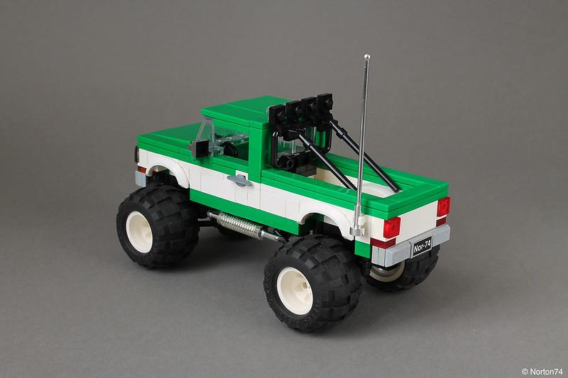 LEGO Bigfoot Monster Truck