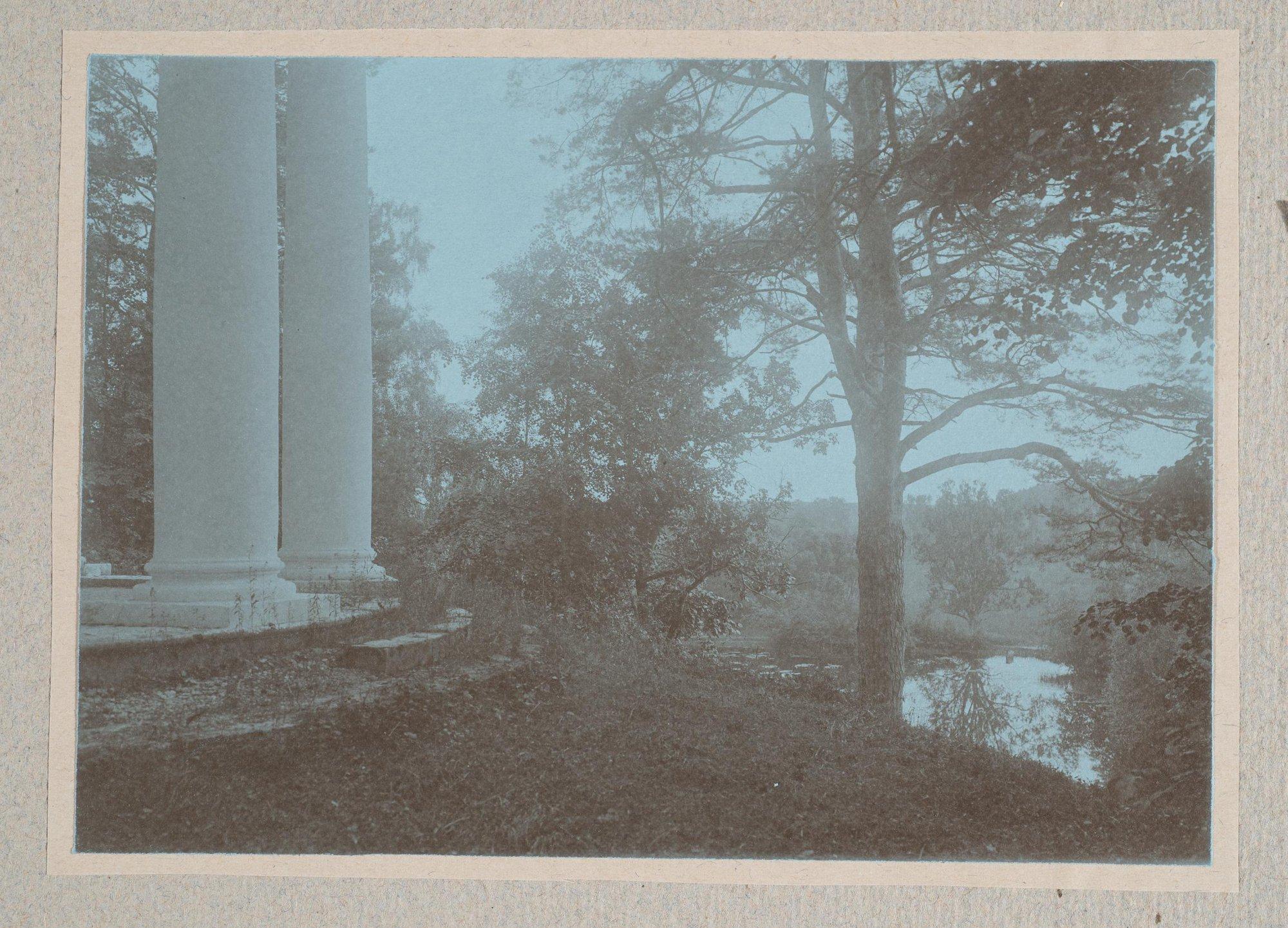 1910. Вид беседки в Братцеве