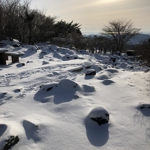 雪の筑波山
