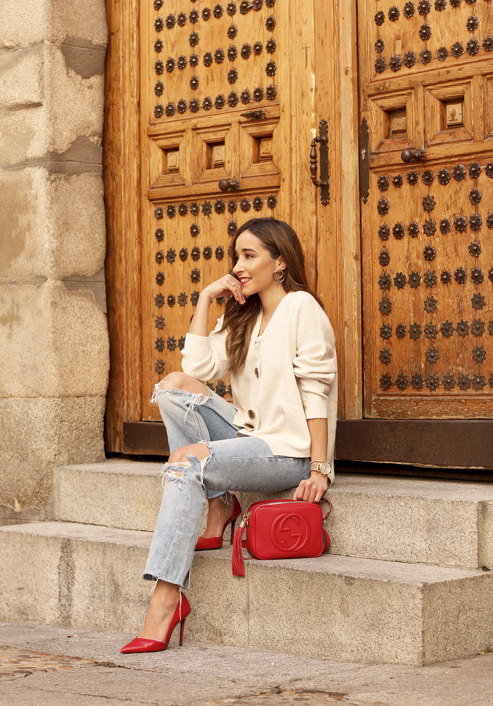 beige cardigan gucci bag red heels ripped jeans street style outfit 20199