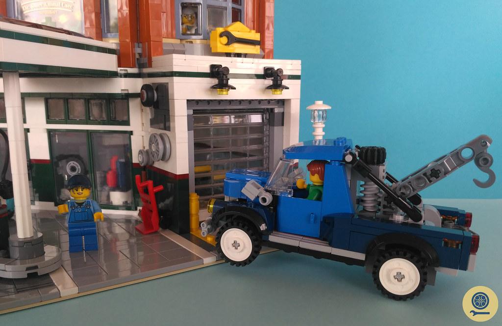 10264 Corner Garage (4)