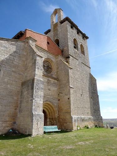 Los Balbases (Burgos-España). Iglesia de San Millán. Torre y muro hastial