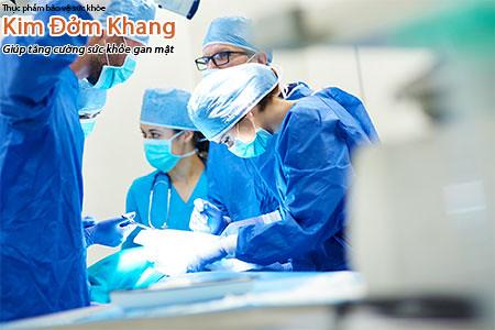 Phẫu thuật là một trong những phương pháp điều trị sỏi mật