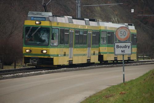 Littorail-Zug nach der Ausfahrt in Boudry