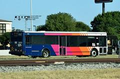 912 17 IH 35 Express