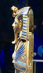 Cercueils canopes incrustés d'or de Toutânkhamon dédiés à Amset et Isis, 1336-1326 av. J.-C.