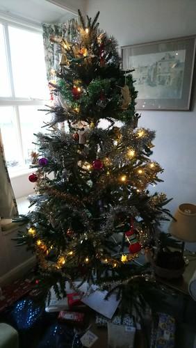 Christmas tree / Coeden nadolig