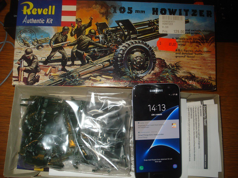 105 mm Howitzer - Revell 50-års jubileums utgåva 32823498508_f47222b56f_b