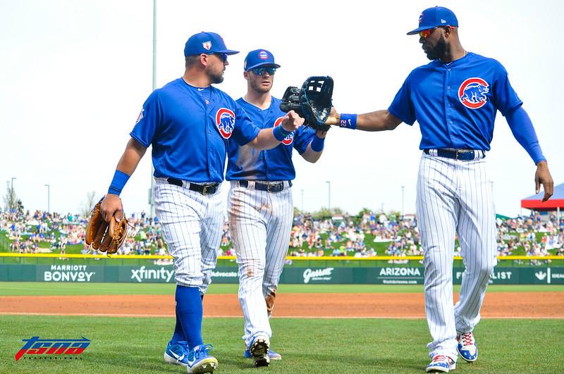 小熊春訓比賽時的3名外野手,由左至右為Kyle Schwarber、Ian Happ以及Jason Heyward。(李秉昇/攝)