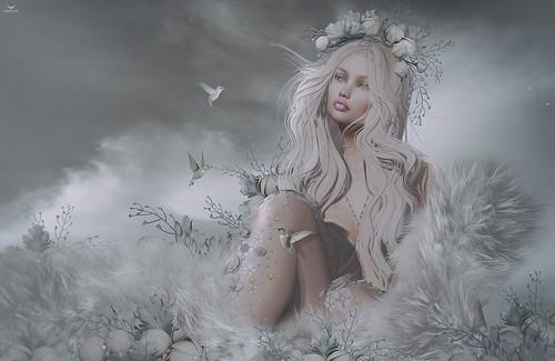 Valayra~Grey Delicate World...