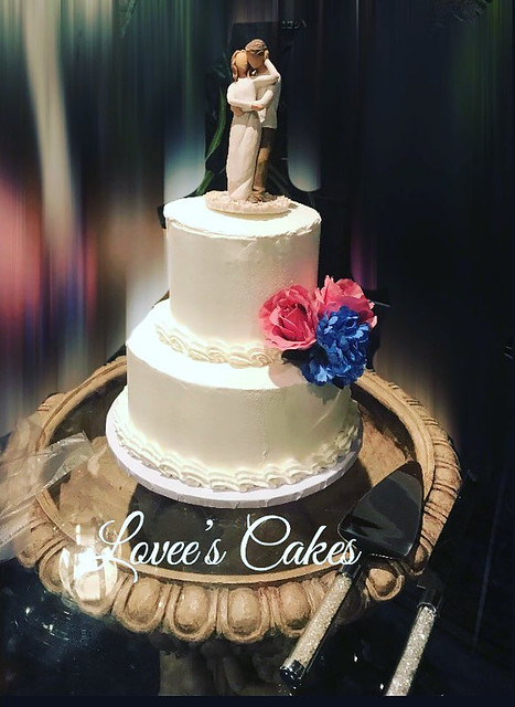 Cake by Lovee's Cakes