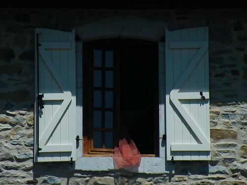 20090531 186 1110 Jakobus Fensterladen Vorhang