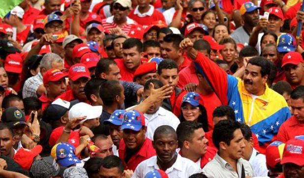 Venezuela: chavismo e oposição disputam as ruas de Caracas