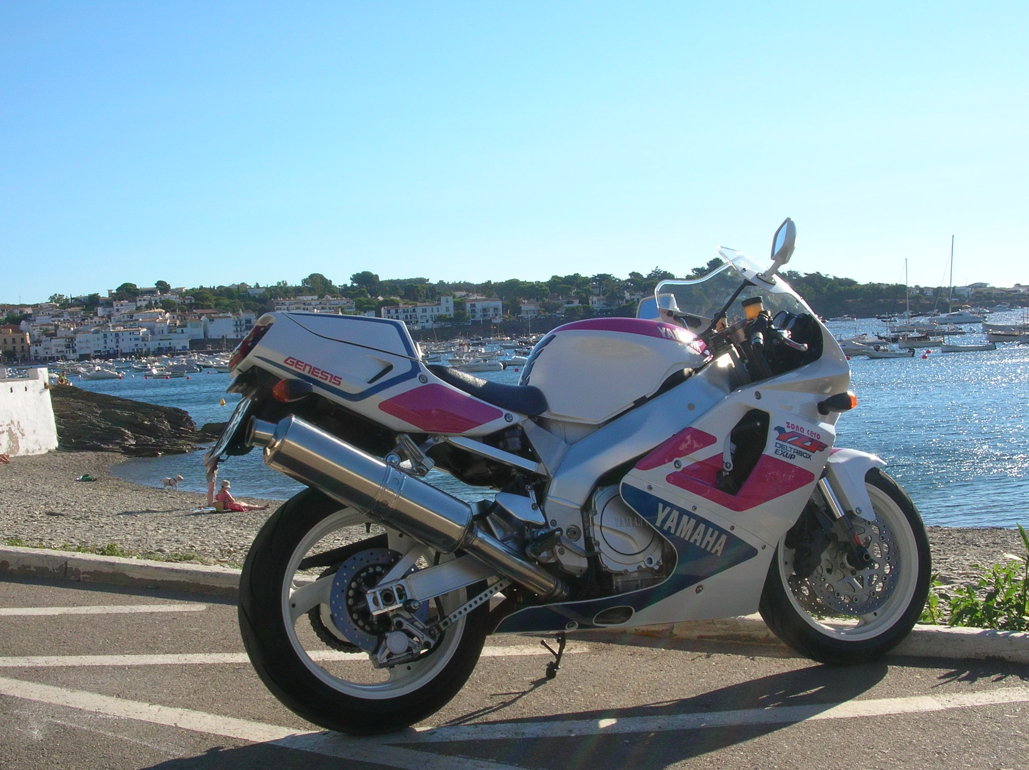 Vendo Yamaha YZF 750R 46962062222_1f764b54c3_k