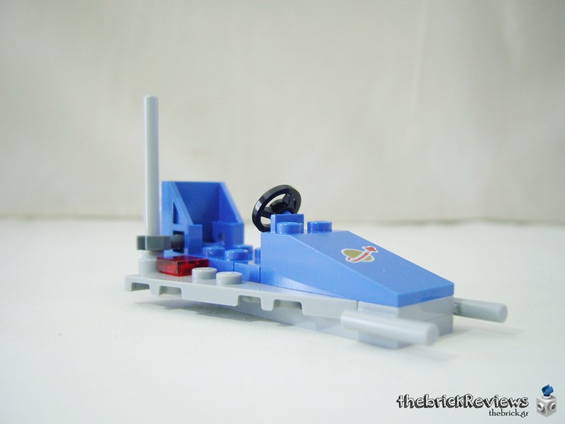 ThebrickReview: 70841 Benny's Space Squad 47282506971_a926f74334_c