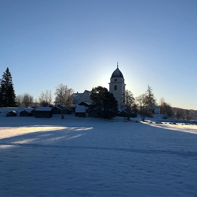 #church #light #shadow #bluesky #winter