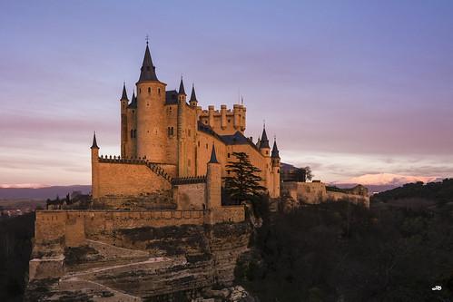 Alcazar de Segovia, Fortaleza de los Reyes de Castilla