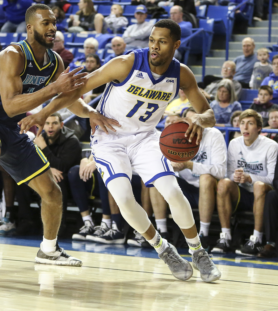 Delaware Men's Basketball snaps losing streak with win against UNCW