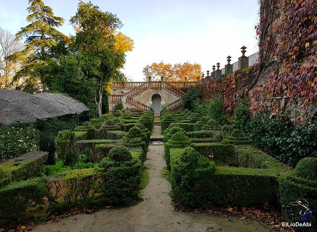 Pasar la tarde en el laberinto de Horta  (6)