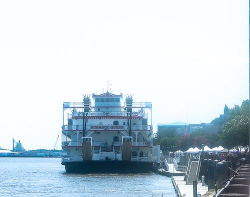 Riverboat LR