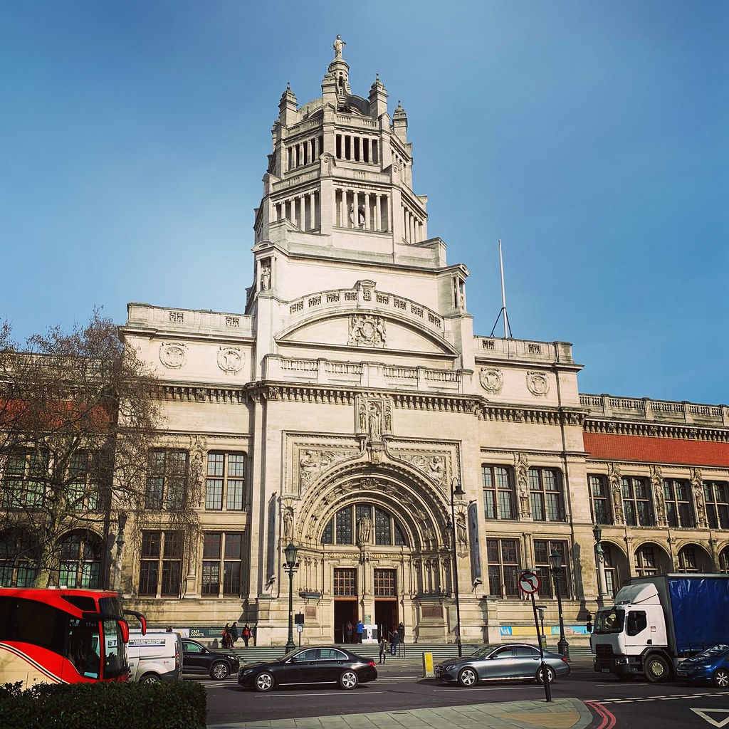 2019 London - Day 8 - Albert & Victoria Museum