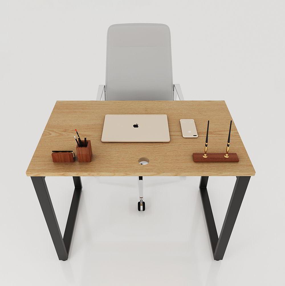 Mẫu bàn văn phòng chân sắt lắp ráp ngàm mới rất dễ thi công lắp đặt chỉ bằng một vài thao tác thủ công đơn giản
