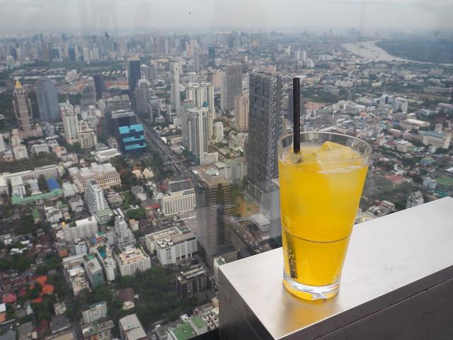 P1030897 マハナコン スカイウォーク(Mahanakhon Skywalk) 超高層展望台 Bangkok バンコク ひめごと