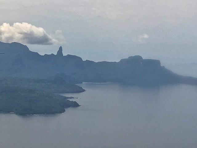 Vistas de la isla de Príncipe desde el avión procedente de Santo Tomé