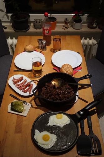 Wiener Fiakergulasch (Tischbild)