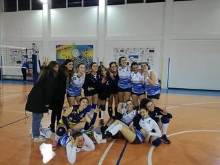 La Maxima Volley festeggia i tre punti conquistati con il New Volley Gioia
