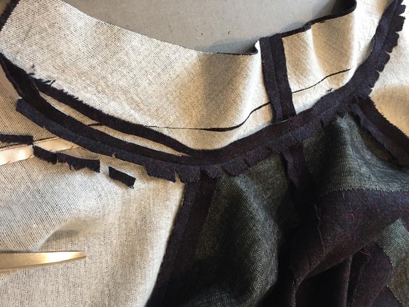 H blazer inside under collar