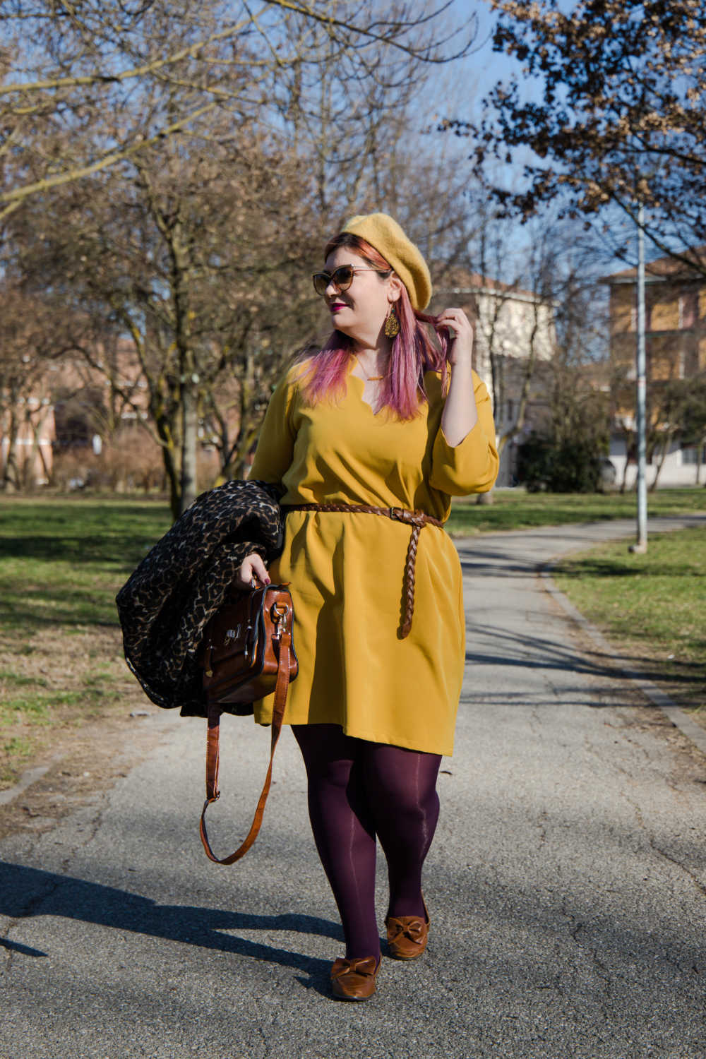Outfit giallo, plus size (2)