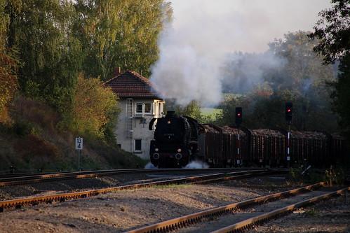 2018-10-20; 0208. ZL ETB 44 1486-8  en SL IGE Werrabahn 52 1360-8 met GZ 404. Marksuhl. Plandampf im Werratal, Dampffinale.