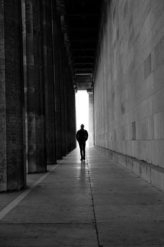 walk to mee