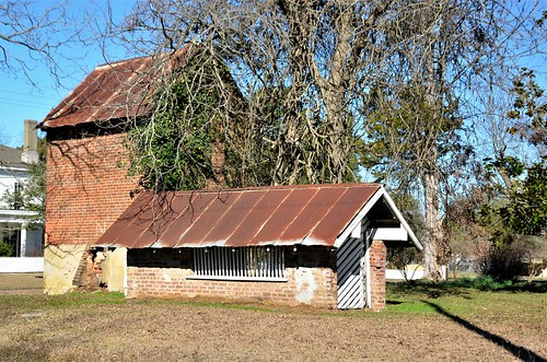 Alabama, Demopolis, Outbuildings