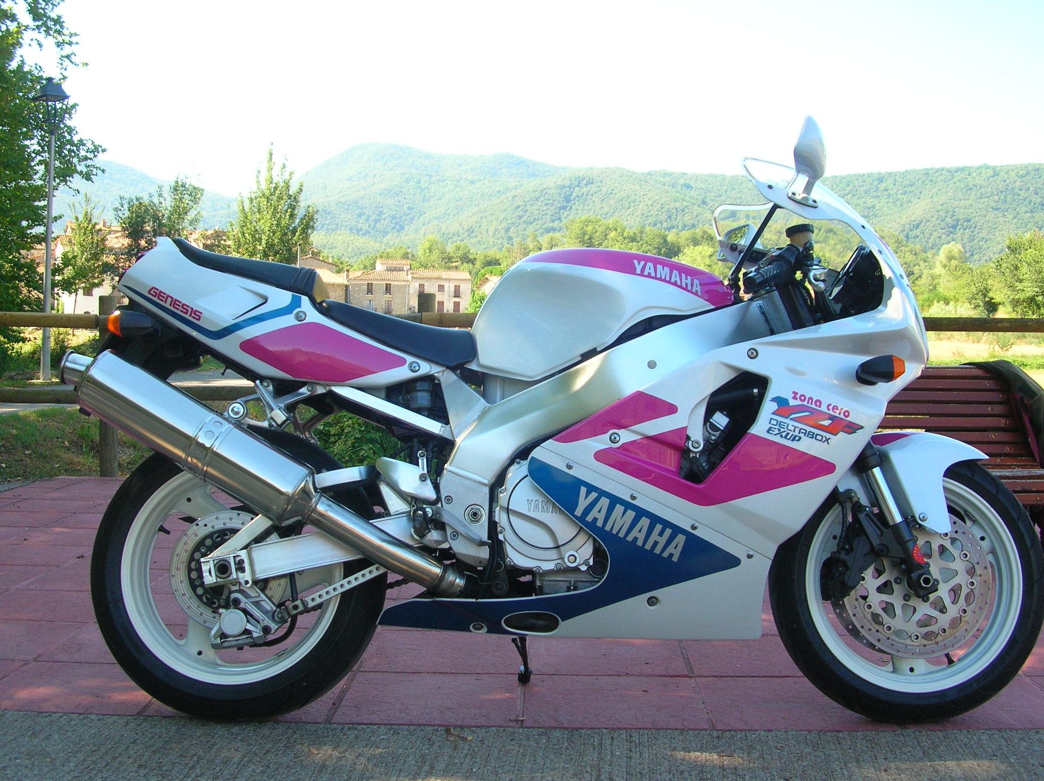 Vendo Yamaha YZF 750R 46962064382_0d25c0de52_k