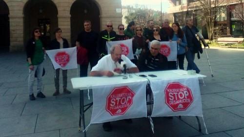 Rueda de prensa de Stop Desahucios Bidasoa