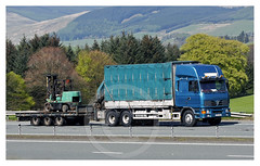 shiloe1514 posted a photo:	Foden 6 Wheeler with Drag, X72 GLK, Machinery Movers.