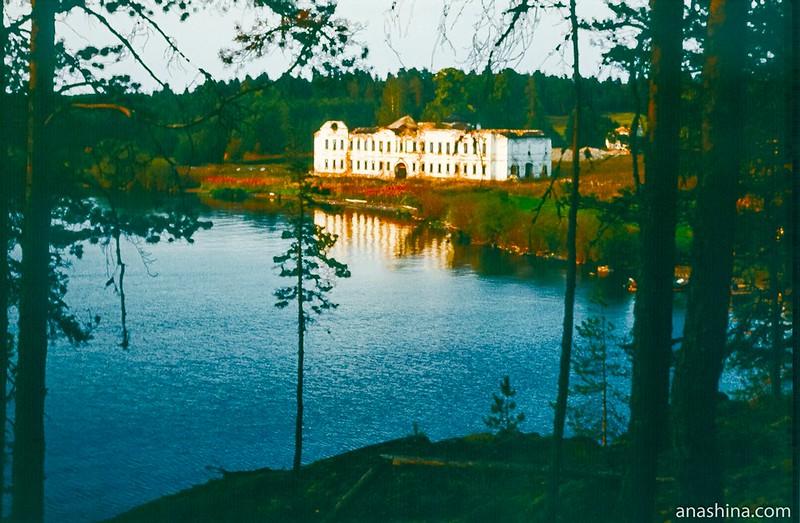 Палеостровский монастырь