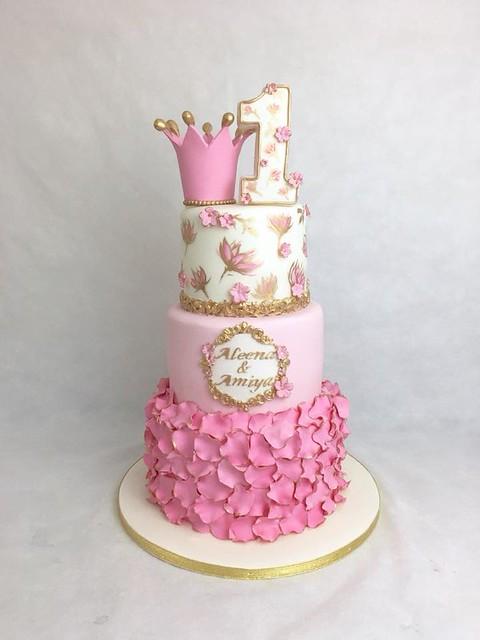 Cake by Tina Memmi
