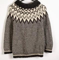 Knitted icelandic wool peysa sweater